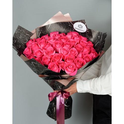 Купить на заказ Букет из 51 розовых роз с доставкой в Кандыагаше