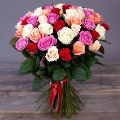 Купить на заказ Букет из 31 розы (микс) с доставкой в Кандыагаше